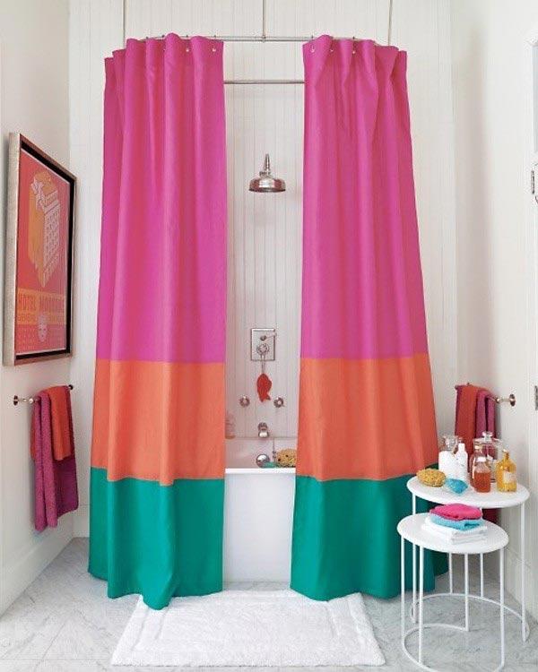 Mẹo làm mới phòng tắm với rèm che nghệ thuật